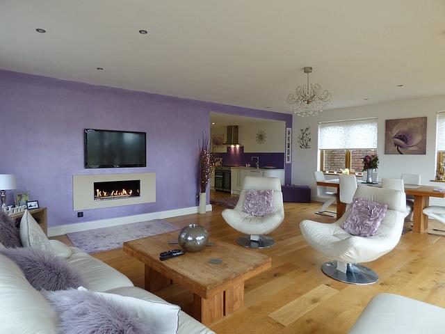 fialový obývák, křesílka