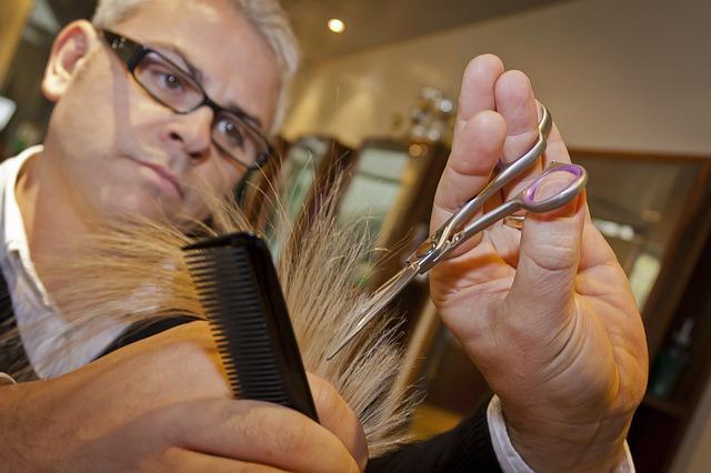 Stříhání vlasů